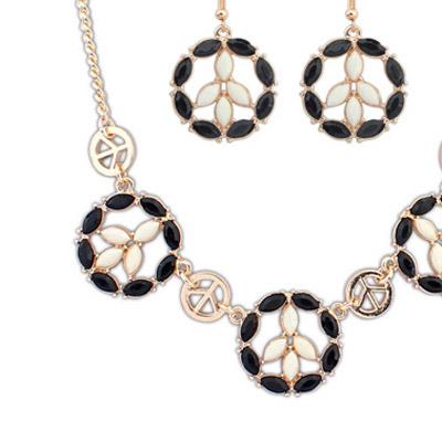 Black & Beige Round Shape Jewelry Set
