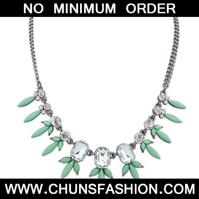 Green Diamond Geometrical Shape Necklace