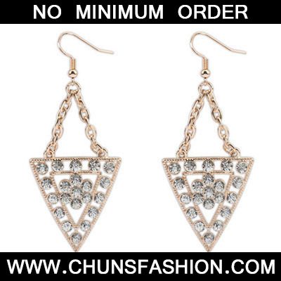 White Diamond Triangle Shape Earring