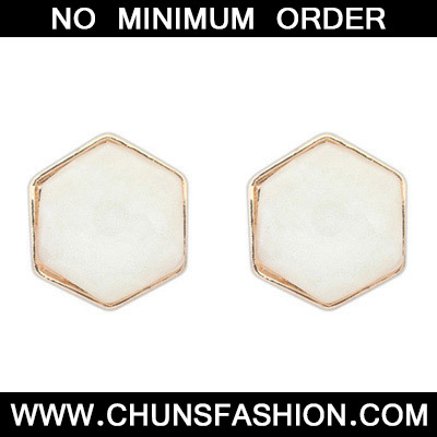 White Irregular Shape Stud Earring