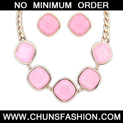 Pink Geometrical Shape Jewelry Set
