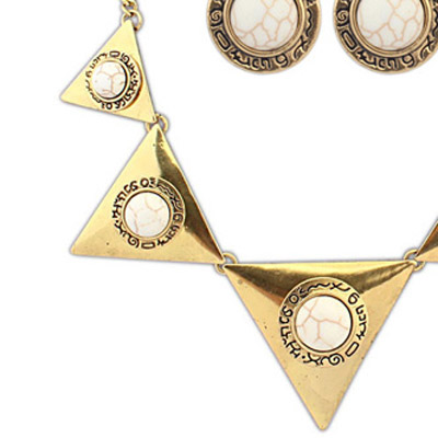 Beige Triangle Shape Jewelry Set
