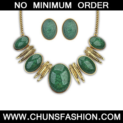 Dark Green Oval Shape Jewelry Set
