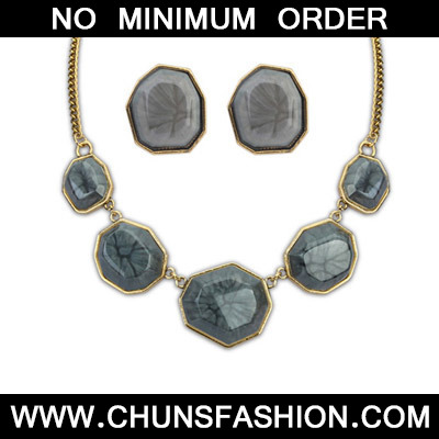Dark Gray Geometrical Shape Jewelry Set