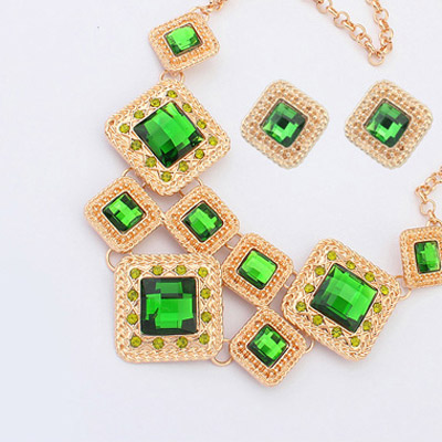 Green Diamond Square Shape Jewelry Set