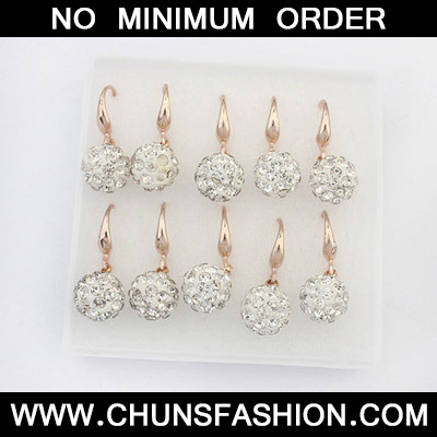 White Diamond Ball Shape Earring