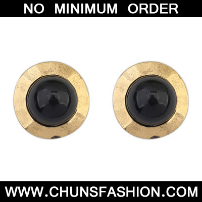 Black Round Shape Stud Earring