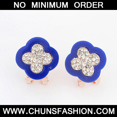 Blue Diamond Clover Shape Stud Earring