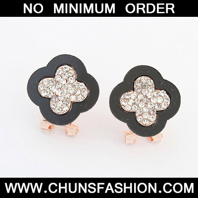 Black Diamond Clover Shape Stud Earring