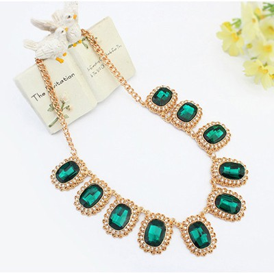 Green Diamond Oval Shape Jewelry Set