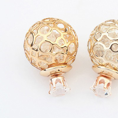 White Round Shape Hollow Out Earring
