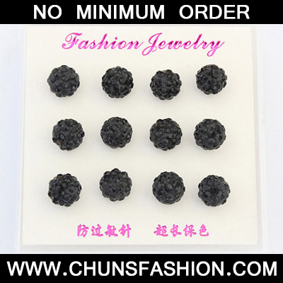 Black Diamond Round Shape Earring