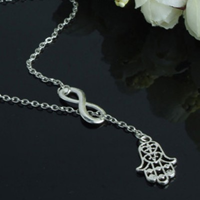 Silver Little Hand Shape Necklace