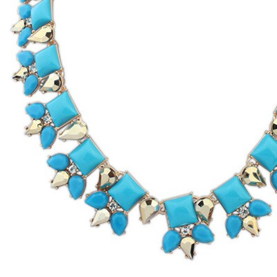 Blue Sqaure Shape Necklace